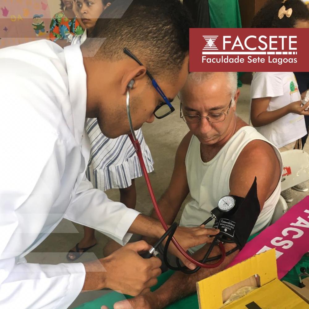 FISIOTERAPIA: ALUNOS PARTICIPAM DE EVENTO DE PROMOÇÃO A SAÚDE